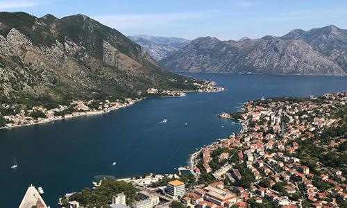 Vizesiz Balkan ülkeleri Karadağ Kotor Körfezi