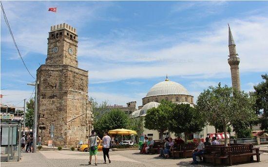 Antalya kaleiçi gezilecek yerler saat kulesi