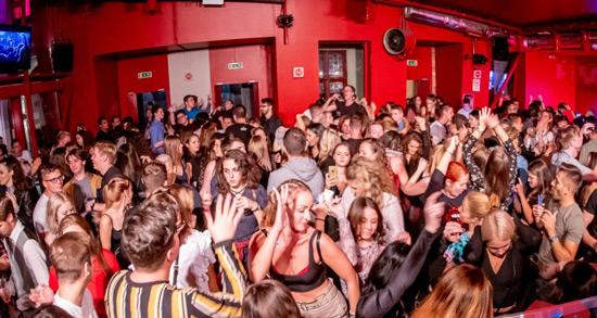 Doboz club - macaristan gece hayatı