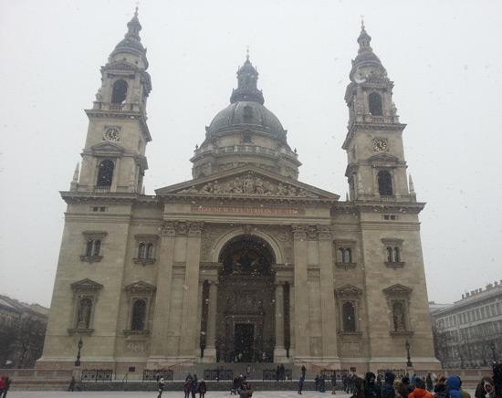 Macaristan gezi rehberi - aziz stefan kilisesi