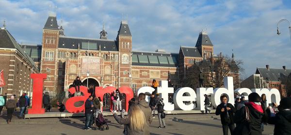 hollanda gezi rehberi i am amsterdam yazısı