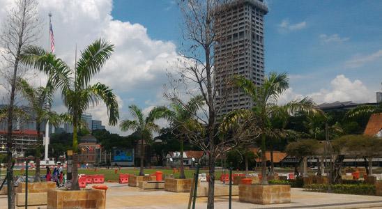malezya başkenti hakkında bilgiler merdeka meydanı