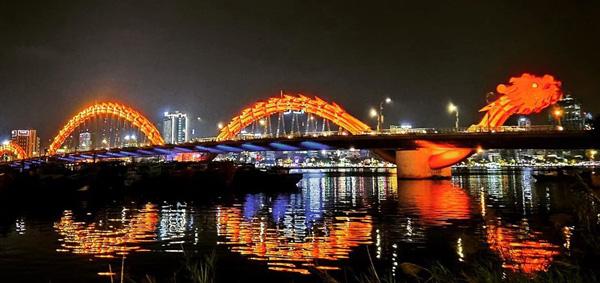 da nang dragon bridge ejderha köprüsü, turistik noktalar