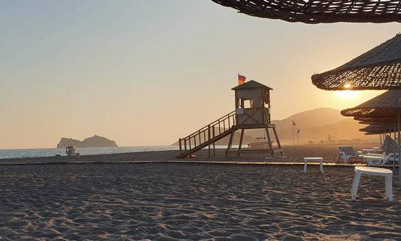 dalaman sarıgerme plajı, egede tatil yapılacak sakin yerler
