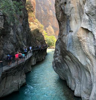 ege bolgesi görülecek yerler - saklıkent kanyonu