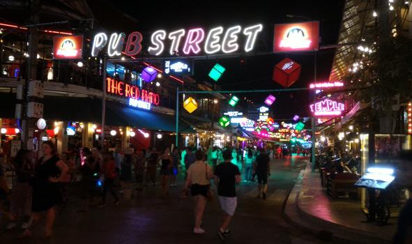 Kamboçya gece hayatı, Siem Reap Pub Street