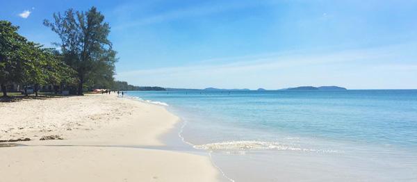 kambocya gezilecek yerler, ochheuteal beach sihanoukville