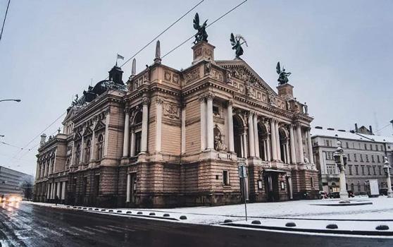sadece kimlikle hangi ülkelere gidilir - Ukrayna Lviv