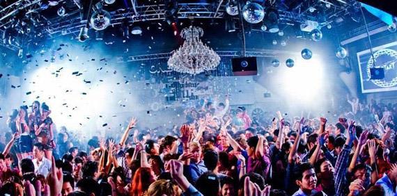 zouk club singapur gece hayatı turu fiyatları gezilecek yerler gezi rehberi