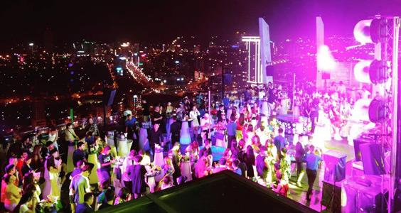 sky36 club rooftop