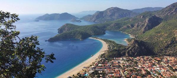 Türkiye'de tatil yapılacak yerler ölüdeniz plajı fethiye muğla