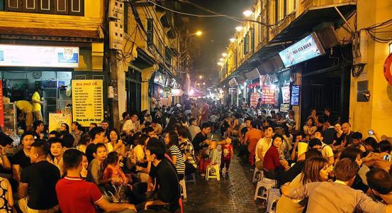vietnam başkenti hanoi gece hayatı