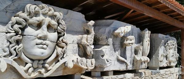 didim gezilecek yerler dydma antik kenti gezi rehberi