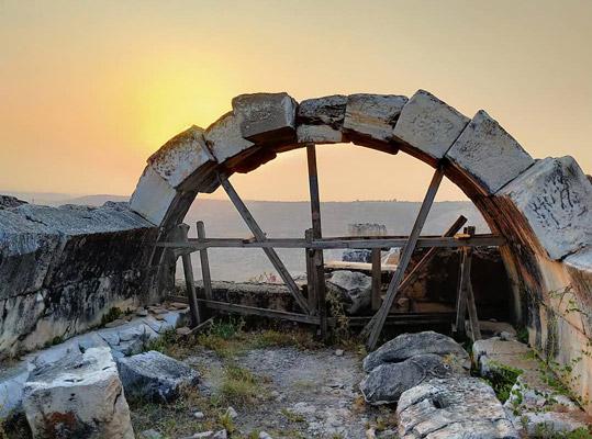 denizli gezilecek tarihi yerler apollon lairbenos tapınağı