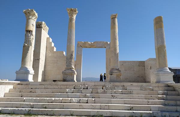 denizli gezilecek yerler laodikeia antik kenti gezi rehberi
