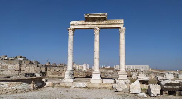 laodikeia antik kenti denizli gezilecek yerler