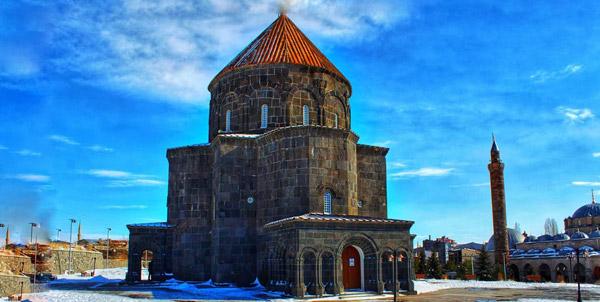 12 havariler kilisesi nasıl bir yer trenle kars turu