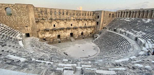 aspendos antik tiyatrosu antalya