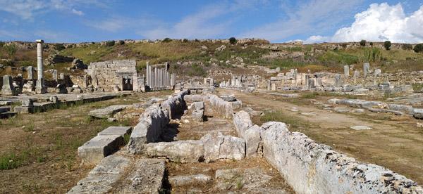 sütunlu ana cadde roma dönemi mimarisi