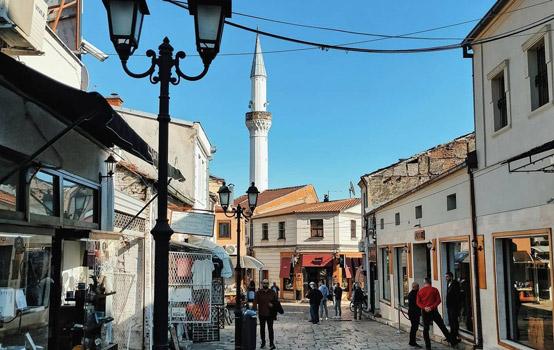 Eski Türk Çarşısı Mustafa Paşa Camii Balkanlar gezilecek yerler