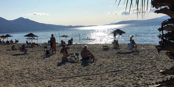 Kuşadası gezilecek yerler tatil yerleri plajları koyları davutlar beldesi gezi rehberi