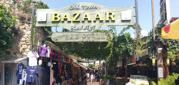 Kuşadası tatil yerleri Tarihi Kaleiçi Çarşısı Old Town Bazaar