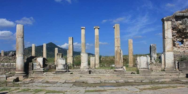 Magnesia Antik Kenti İzmir yakınlarında hafta sonu gidilecek yerler