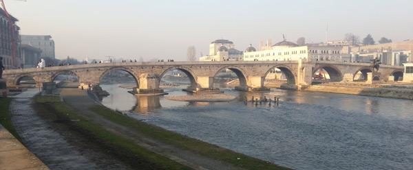 Makedonya başkenti Üsküp gezilecek yerler Taş Köprü