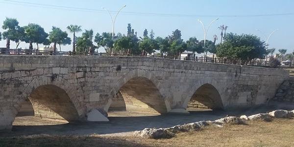 Justinianus Köprüsü (Baç) nasıl bir yer Anadolu'nun en güzel köprüleri