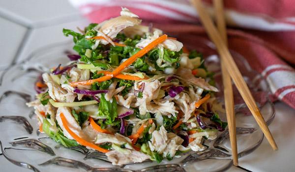 Goi Ga tavuk salatası lezzetli vietnam yemekleri
