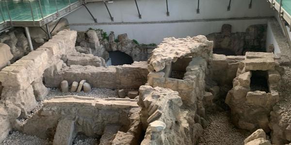 Hazreti Danyal Peygmberin Mezarı İnanç turizmi için kutsal yer