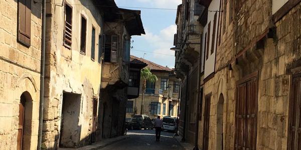 Tarihi Tarsus evleri nasıl bir yer nerede Mersin Merkez yakınlarında gezilecek yerler