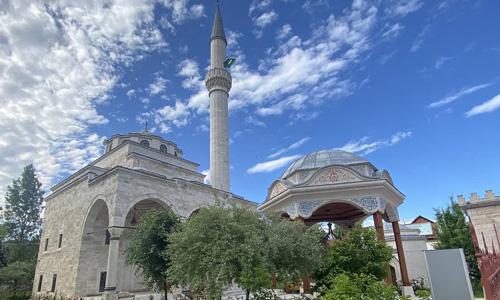 Bosna Hersek gezilecek yerler Banja Luka gezi rehberi Ferhadiye Camii