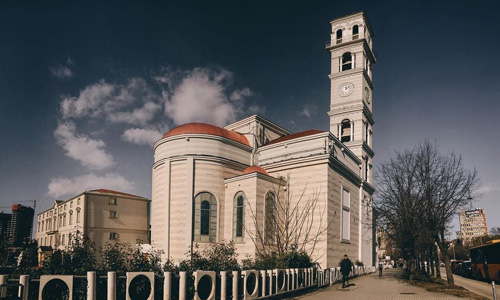 Rahibe Teresa Katedrali Priştine gezilecek turistik yerler