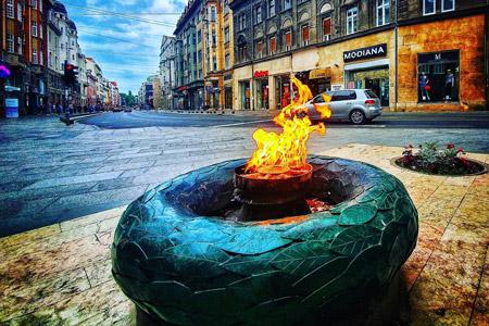 Sonsuz Ateş Anıtı Vizesiz Balkanlar tatili