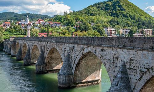 Visegrad Drina Köprüsü Balkanlar'daki Osmanlı eserleri yapıları