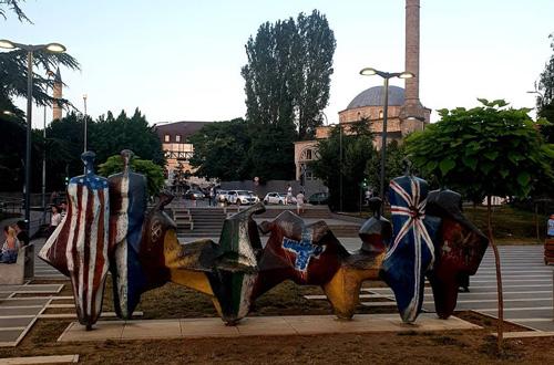 Vizesiz Balkan turu Kosova gezisi