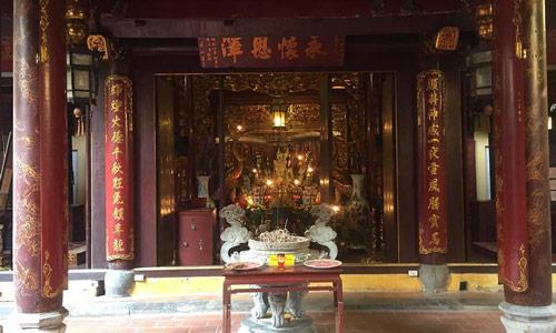 Hanoi gezi rehberi Bach Ma Temple