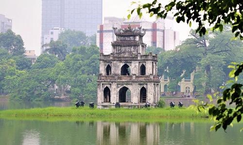 Hoan Kiem Lake Hanoi gezilecek yerler