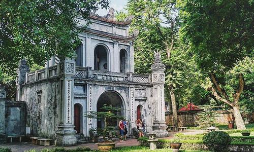 Temple of Literature Vietnam başkenti Hanoi gezilecek yerler gezi rehberi