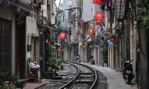Vietnam başkenti Hanoi gezilecek yerler Train Street