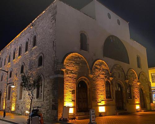 Aya Haralambos Kilisesi Yazın tatile nereye gidilir