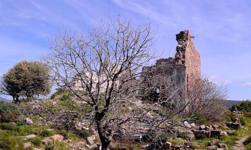 Çeşme gezilecek tarihi yerler Erythrai Antik Kenti Arabayla Ege turu
